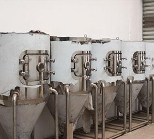 大型喷雾干燥机控制和管理都很方便